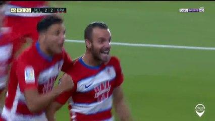 Real Betis 2-2 Granada: Goal Roberto Soldado