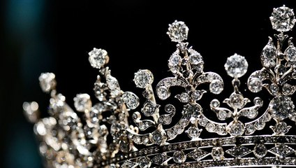 The Most Luxurious Royal Family Jewels