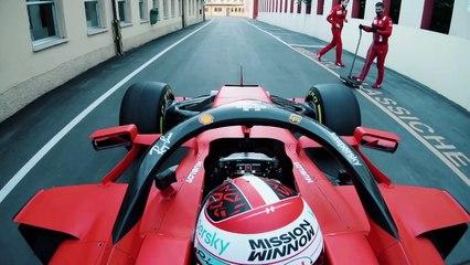 Un Ferrari de F1 por las calles de Maranello