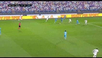 L'enchaînement sublime de Karim Benzema