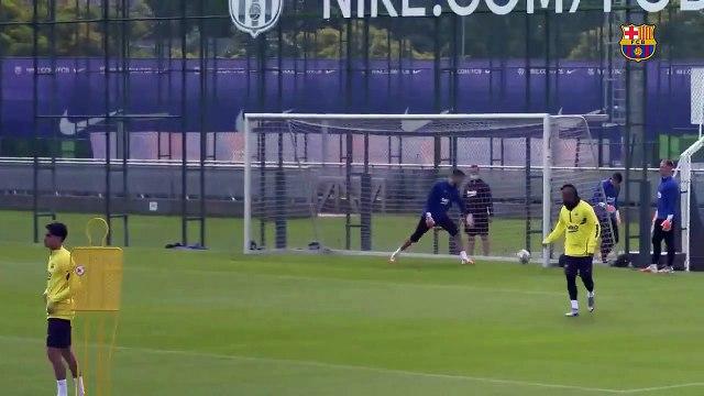 La mine d'Ivan Rakitic à l'entraînement du FC Barcelone
