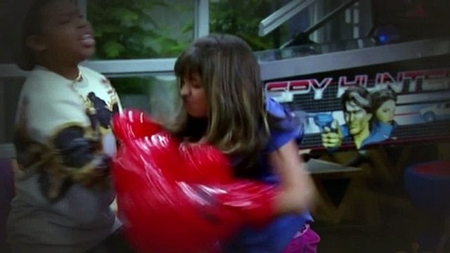 Game Shakers S01E09 You Bet Your Bunny