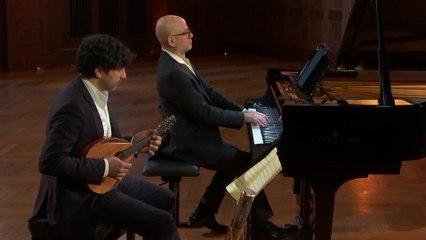 Avi Avital - Mozart: Violin Sonata No. 21 in E Minor, K. 304: II. Tempo di Menuetto (Transcr. Avital for Mandolin and Piano)