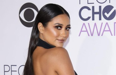 Parenting pro: Shay Mitchell is teaching her daughter to 'love without judgement'