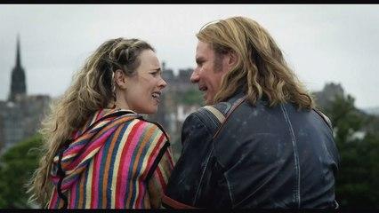 Rachel McAdams tries to break Will Ferrell