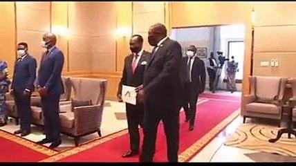 Le Chef de l'État, S.E.M. Félix-Antoine Tshisekedi Tshilombo a reçu les lettres de créances de S.E.M. Vincent Karega, Ambassadeur Extraordinaire et Plénipotentiaire de la République du Rwanda en RDC.