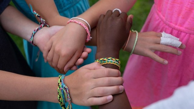 A 9-Year-Old and Her Friends Raised Over $100K for Looted Black-Owned Businesses by Sellin