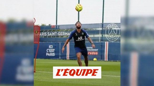 Neymar peaufine sa technique - Foot - L1