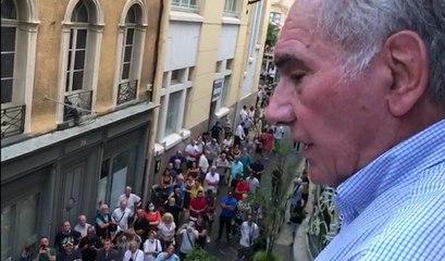 A Carcassonne, le maire sortant Gérard Larrat est réélu
