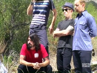 Behind The Cover: Foo Fighters