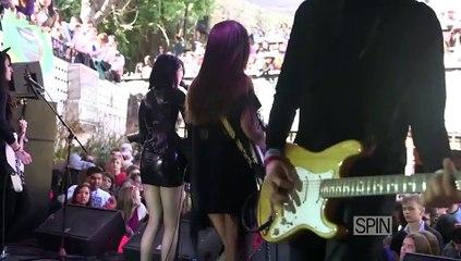 "Dum Dum Girls - ""Rimbaud Eyes"" (SPIN House of Vans SXSW Showcase)"
