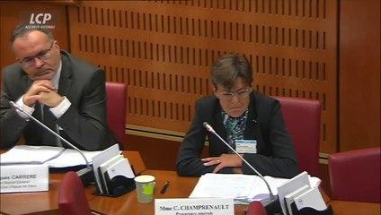 """Affaire Fillon : la procureure générale assure n'avoir reçu """"aucune instruction"""" du pouvoir"""