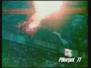 PSG RC PARIS KOP OF BOULOGNE FUMIGENES