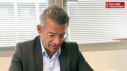 """Emmanuel Denis : """"je vais baisser les indemnités de maire de 20 %"""""""