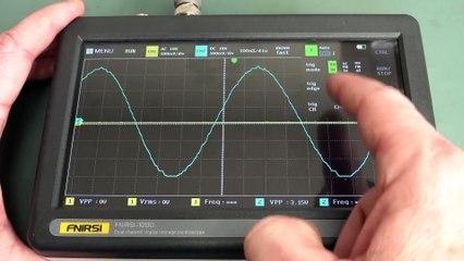 EEVblog #1317 - $140 2CH 100MHz Fnirsi Tablet Oscilloscope Review