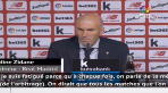 """34e j. - Zidane : """"Il y avait penalty"""""""