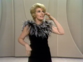 Joan Rivers - Small-Town Life & Flying