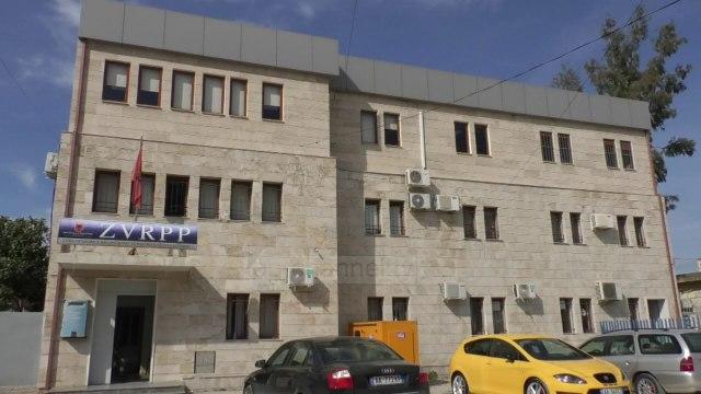 Top News - Kadastra e Vlorës/ Largohet i shtati, Jurgen Pilkati