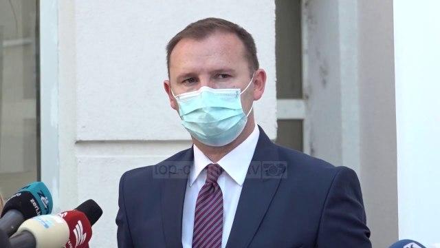 Lehtësohet spitali i Prishtinës/ Pacientët me Covid-19 shpërndahen edhe në qytete të tjera