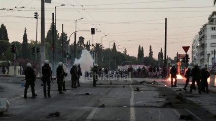 Athina perfshihet nga protestat e dhunshme   Lajme-News