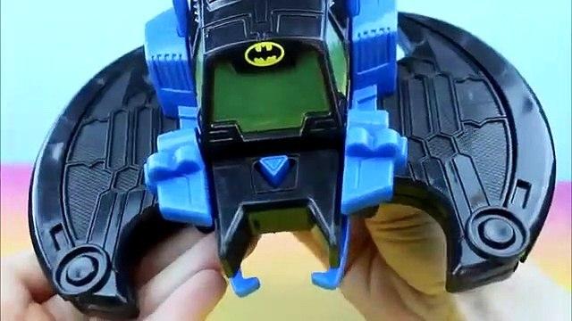 Imaginext Batwing Batman saves Caillou & Prince Wednesday from Joker Riddler Penguin & K Croc