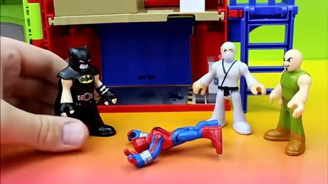 Playskool Spiderman gets tricked by Bane pretending to be Batman Imaginext Green Goblin