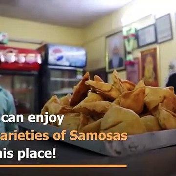 This shop in Delhi serves 30 unique varieties of Samosa!