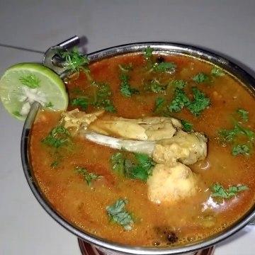 Delicious Chicken Dalcha   Special For Non-Veg Lovers.