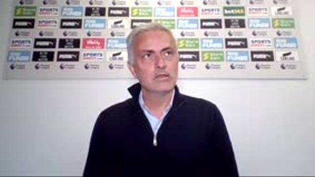 """36e j. - Mourinho : """"Vous ne posez pas cette question à Lampard, Klopp ou Guardiola"""""""