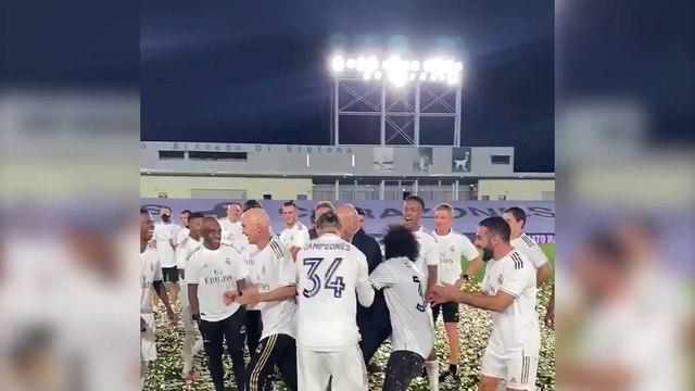 L'attitude de Bale pendant les célébrations du titre fait beaucoup parler