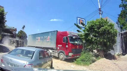 Overtaking Lorry Causes Oncoming Driver To Crash