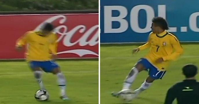 Le dribble incroyable de Neymar face à l'Uruguay en 2011