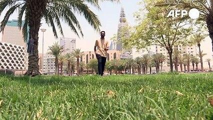 Un menuisier pakistanais rêve de devenir mannequin en Arabie Saoudite