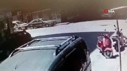 Bursa\'daki feci kaza kamerada
