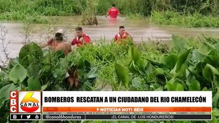 Bomberos rescatan a un ciudadano del Rio Chamelecón