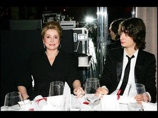 ✅  Catherine Deneuve : cette précédente affaire judiciaire de son petit-fils Igor qui l'avait ébranl