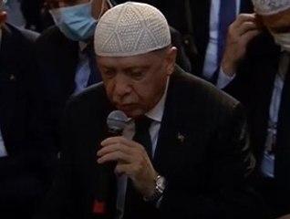 Erdoğan, Ayasofya'da Kuran okudu
