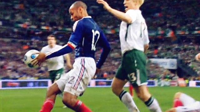 Top 10 des décisions arbitrales qui ont changé l'histoire du foot | Oh My Goal