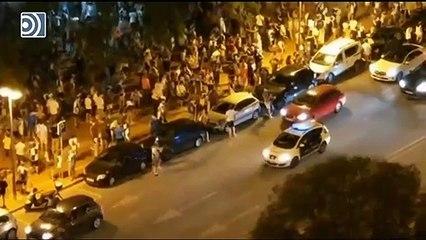 Los aficionados del Sabadell celebran el ascenso olvidándose de las normas sanitarias