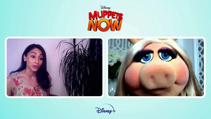 MUPPETS NOW: Miss Piggy's Finding Dating Hard