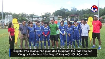 Liên đoàn bóng đá Việt Nam trao tặng trang thiết bị tập luyện cho Than Khoáng Sản Việt Nam