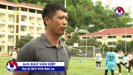 Liên đoàn bóng đá Việt Nam trao tặng trang thiết bị tập luyện cho CLB Sơn La | VFF Channel