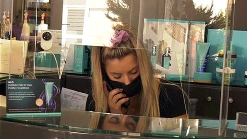 Μόνο με μάσκα οι πελάτες στα κομμωτήρια