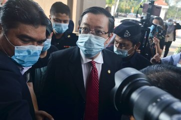 Guan Eng arrives in court to face graft charge