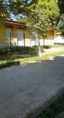 Andria: ennesimo atto vandalico causa spreco d'acqua in villa - video