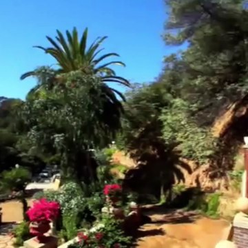 Hollywood Hills rentals * THE HOUDINI ESTATE