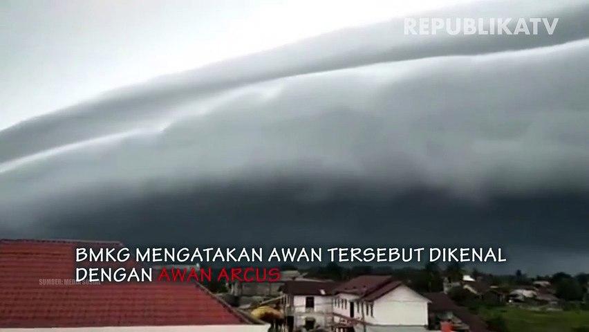Fenomena awan arcus di Aceh Barat.