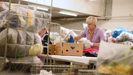 Zu Besuch beim  Secondhandshop der Volkshilfe Wien