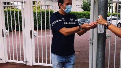 Philippe Sella et les gestes barrières à Armandie