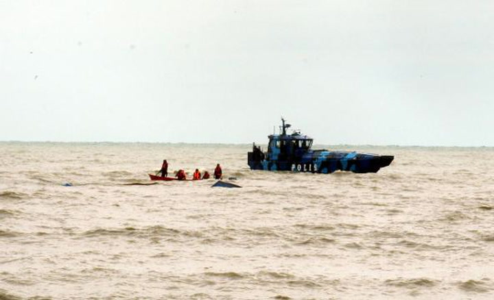 Prawn fisherman feared drowned